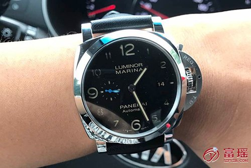 沛纳海LUMINOR系列PAM01359腕表效果图