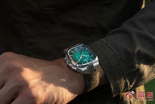 格拉苏蒂原创复古系列1-37-02-04-02-35手表效果图
