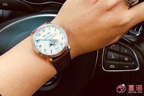 宝珀经典系列6639A-3631-55A腕表回收